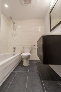 Damasco-rue-Delinelle-Bathroom-3